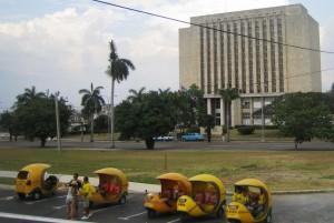 Soraira Magalhães - Há bibliotecas e bibliotecários em Cuba - imagem 1 - Biblioteca Nacional de Cuba José Martí