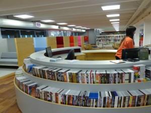 Biblioteca Parque do Rio encanta os visitantes pela organização e beleza. Foto: Hanna Gledyz