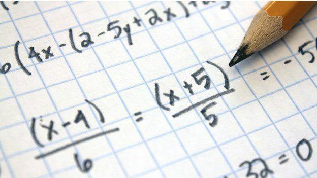 Estudantes eslovacos apresentam uma média de desempenho similar à de um estudante americano, apesar de os EUA gastarem mais que o dobro por estudante