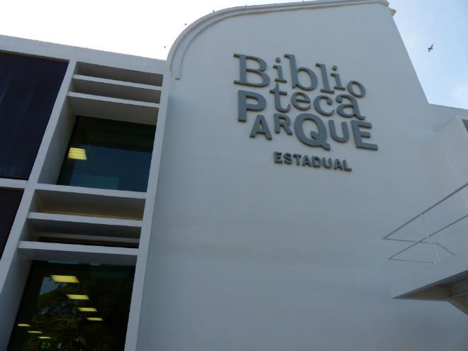 Fachada da Biblioteca Parque Estadual do Rio de Janeiro. Foto: Hanna Gleydz/Agência Biblioo
