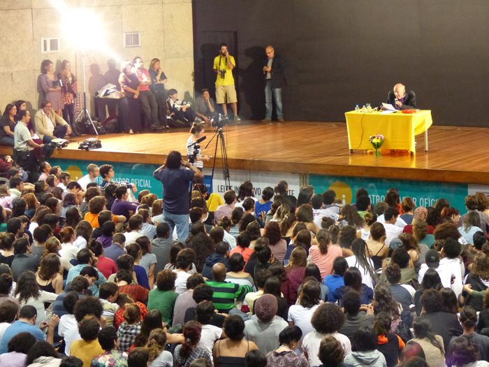 Eduardo Galeno - Brasil, abril 2014 - Foto: Hanna Gledyz / veiasabertas.com