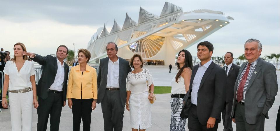 Presidente Dilma Rousseff e ministro Juca Ferreira, entre outras autoridades, prestigiaram a abertura do museu. Fotos: Isac Nóbrega/PR e Roberto Stuckert Filho/PR.