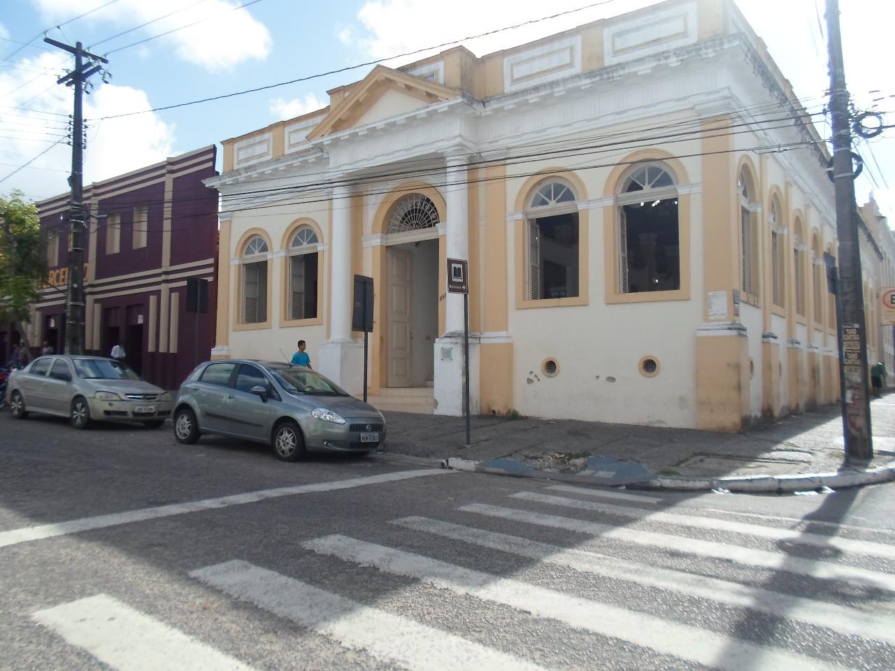 Biblioteca Pública Estadual da Paraíba. Foto: biblioteca-publica-estadual-pb.webnode.com.