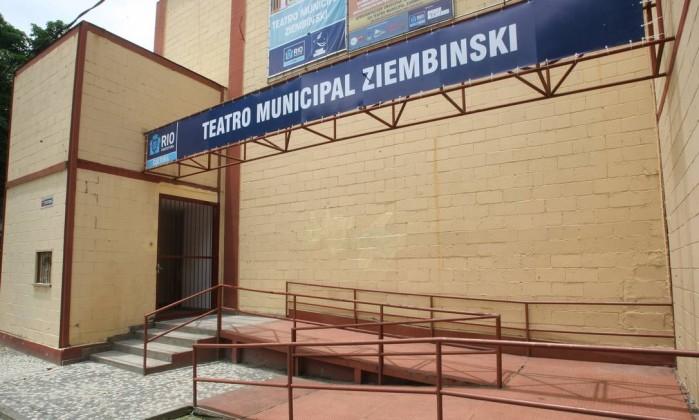 Após passar por reformas, o Teatro será reaberto com programação cultural intensa para todas as idades - Márcio Alves / O Globo