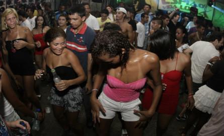 cc10ae7060 Baile de favela - Biblioo