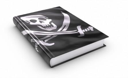 book-pirate-dreamstime_xs_19424140