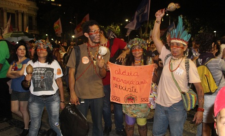 Aldeia Maracanão presente ao ato. Foto: Chico de Paula / Agência Biblioo